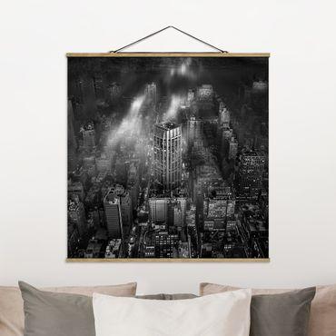 Foto su tessuto da parete con bastone - Luce del sole su New York - Quadrato 1:1