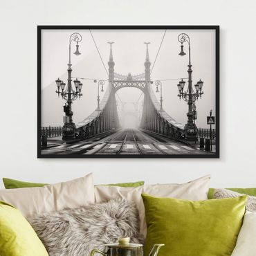 Poster con cornice - Bridge In Budapest - Orizzontale 3:4