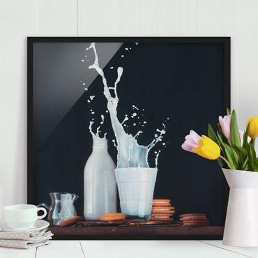 Poster con cornice - Milk Composition - Quadrato 1:1