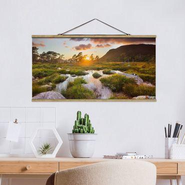 Foto su tessuto da parete con bastone - Tverrdalsbekken In Norvegia - Orizzontale 1:2