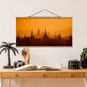 Foto su tessuto da parete con bastone - Temple City in Myanmar - Orizzontale 1:2