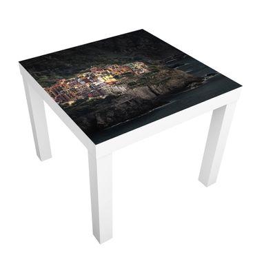 Tavolino design In Incident Manarola