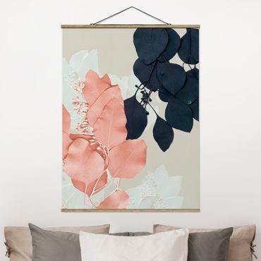 Foto su tessuto da parete con bastone - Foglie Indigo & Rouge II - Verticale 4:3