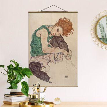 Foto su tessuto da parete con bastone - Egon Schiele - Donna seduta con un ginocchio Up - Verticale 3:2