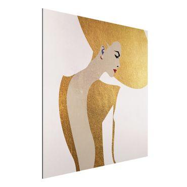 Stampa su alluminio - Signora con cappellino in oro - Quadrato 1:1