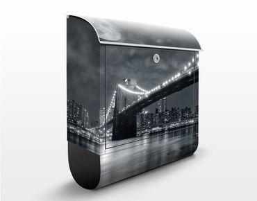 Cassetta postale Manhattan Mysteries  39x46x13cm