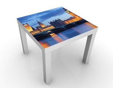 Tavolino design London At Night