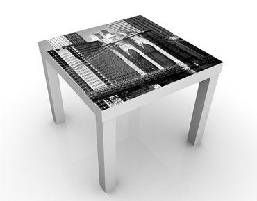 Tavolino design New York's Emblem II