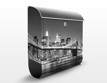 Cassetta postale Nighttime Manhattan Bridge II 39x46x13cm
