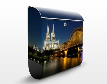 Cassetta postale Cologne At Night 39x46x13cm