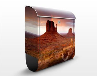 Cassetta postale Monument Valley At Sunset 39x46x13cm