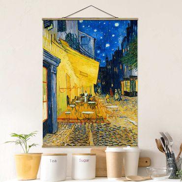 Foto su tessuto da parete con bastone - Vincent Van Gogh - Terrazza del caffe ad Arles - Verticale 4:3