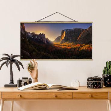 Foto su tessuto da parete con bastone - Sunset In Yosemite - Orizzontale 1:2