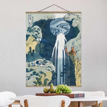 Foto su tessuto da parete con bastone - Katsushika Hokusai - La cascata di Amida - Verticale 4:3