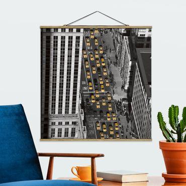 Foto su tessuto da parete con bastone - Taxi Traffico A Manhattan - Quadrato 1:1