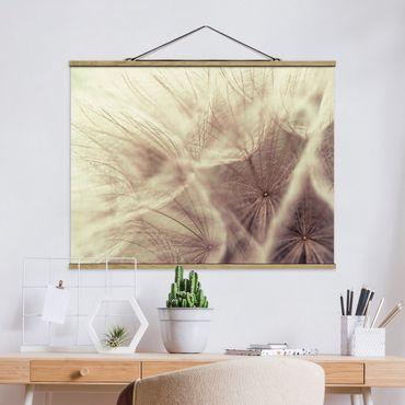 Foto su tessuto da parete con bastone - Dettagliata Dandelion Macro Shot con sfocatura effetto vintage - Orizzontale 3:4