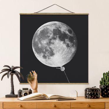 Foto su tessuto da parete con bastone - Balloon Con La Luna - Quadrato 1:1