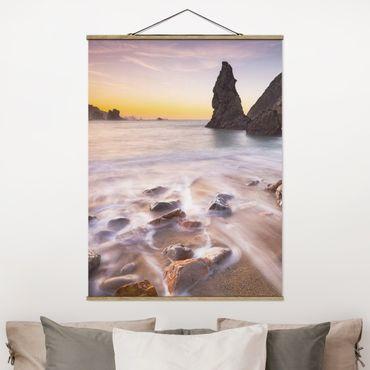 Foto su tessuto da parete con bastone - Spagnolo spiaggia all'alba - Verticale 4:3