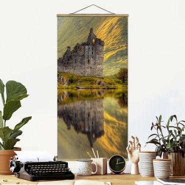 Foto su tessuto da parete con bastone - Kilchurn Castle in Scozia - Verticale 2:1