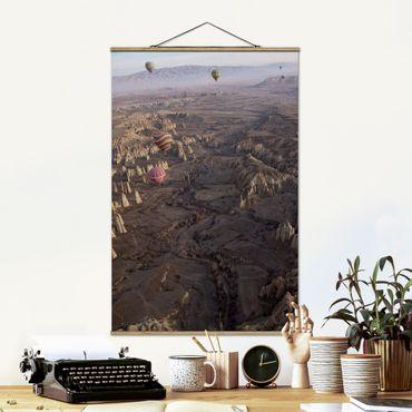 Foto su tessuto da parete con bastone - Hot Air Balloons Over Anatolia - Verticale 3:2