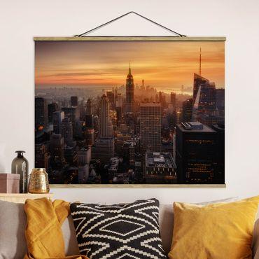 Foto su tessuto da parete con bastone - Manhattan Skyline Evening - Orizzontale 3:4