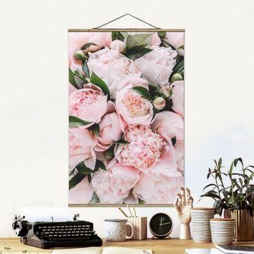Foto su tessuto da parete con bastone - Peonie rosa con foglie - Verticale 3:2