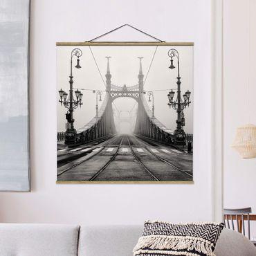 Foto su tessuto da parete con bastone - Ponte A Budapest - Quadrato 1:1