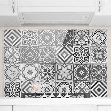 Paraschizzi in vetro - Mediterranean Tile Pattern Grayscale