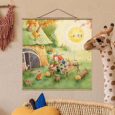 Foto su tessuto da parete con bastone - Frida Eating Breakfast - Quadrato 1:1