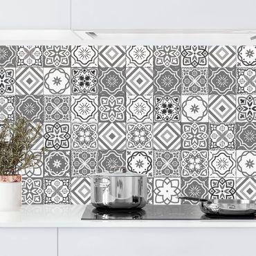 Rivestimento cucina - Scala di grigi per motivo piastrelle mediterranee