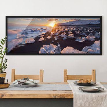 Poster con cornice - Pezzi Di Ghiaccio Sulla Spiaggia Islanda - Panorama formato orizzontale