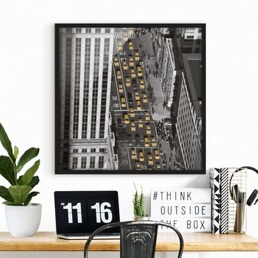 Poster con cornice - Taxi Traffic In Manhattan - Quadrato 1:1
