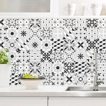 Rivestimento cucina - Piastrelle geometriche mix nero