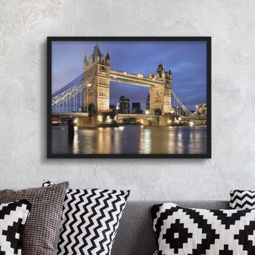 Poster con cornice - Tower Bridge At Night - Orizzontale 3:4