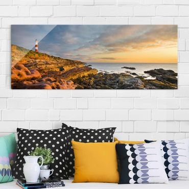 Quadro in vetro - Tarbat Ness Lighthouse and sunset at the sea - Panoramico