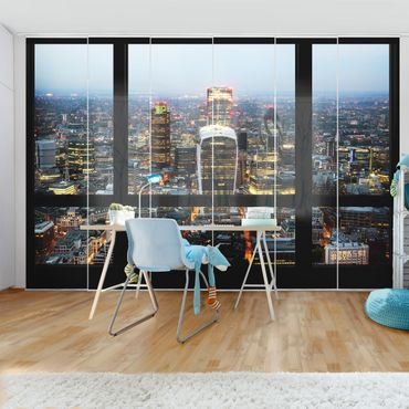 Tende scorrevoli set - Window View Of Illuminated Skyline Of London