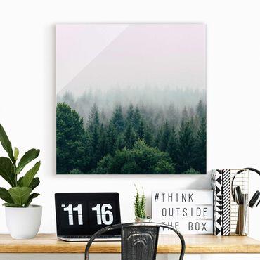 Quadro in vetro - Foresta nella nebbia del crepuscolo