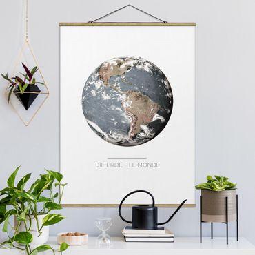 Foto su tessuto da parete con bastone - Le Monde - La Terra - Verticale 4:3