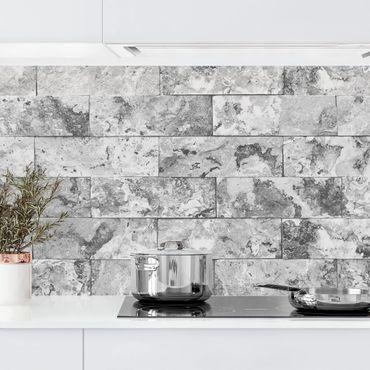 Rivestimento cucina - Parete in mattoni di marmo grigio
