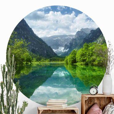 Carta da parati rotonda autoadesiva - Lago di montagna con mirroring