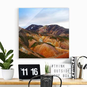Quadro in vetro - Montagne colorate in Islanda