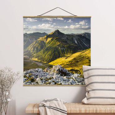 Foto su tessuto da parete con bastone - Montagne e valle delle Alpi Lechtal in Tirolo - Quadrato 1:1