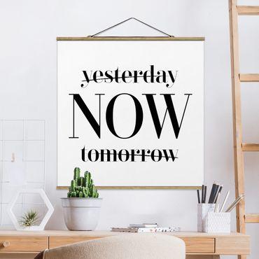 Quadro su tessuto con stecche per poster - Ieri Ora Domani - Quadrato 1:1