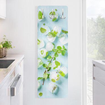 Appendiabiti - Ice Cubes With Mint Leaves