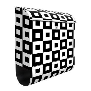 Cassetta postale - Trama geometrica di quadrati bianco e nero