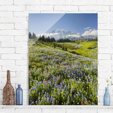 Quadro in vetro - Mountain meadow with flowers in front of Mt. Rainier - Verticale 3:4