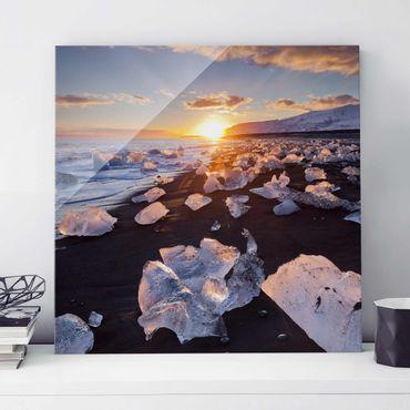 Quadro in vetro - Chunks Of Ice On The Beach Iceland - Quadrato 1:1