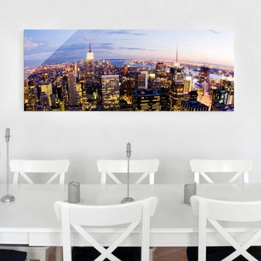 Quadro in vetro - New York skyline at night - Panoramico