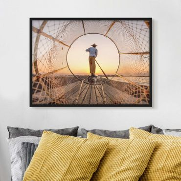 Poster con cornice - Intha Pescatore al mattino