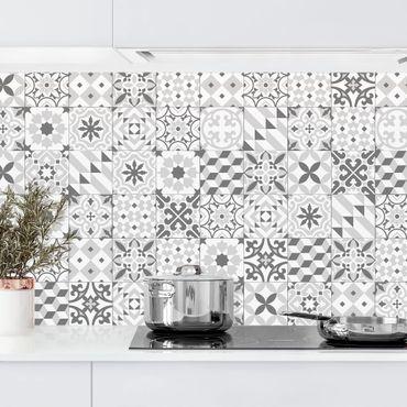 Rivestimento cucina - Piastrelle geometriche mix grigio